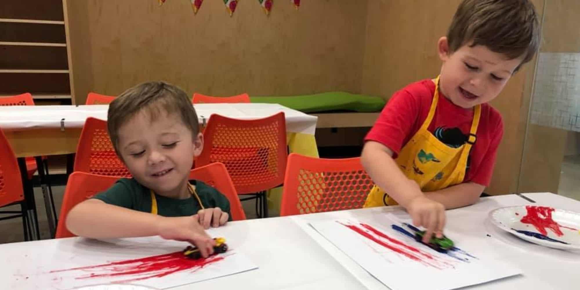 Kids learn teamwork with Art